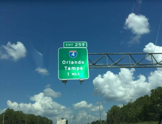 Como é dirigir em Orlando